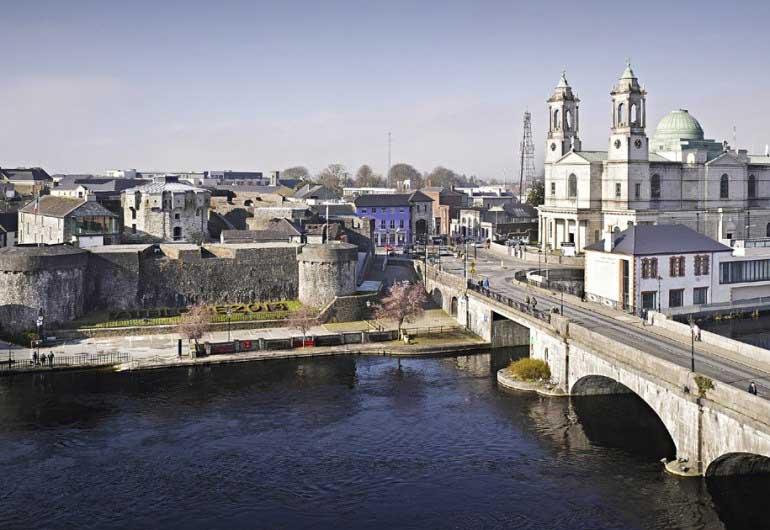 Athlone bridge and castle